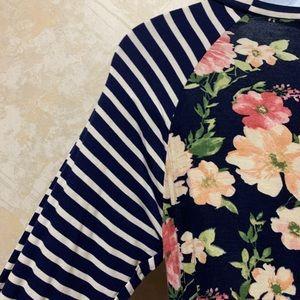 mélange posh Tops - Floral & Striped Tunic Top